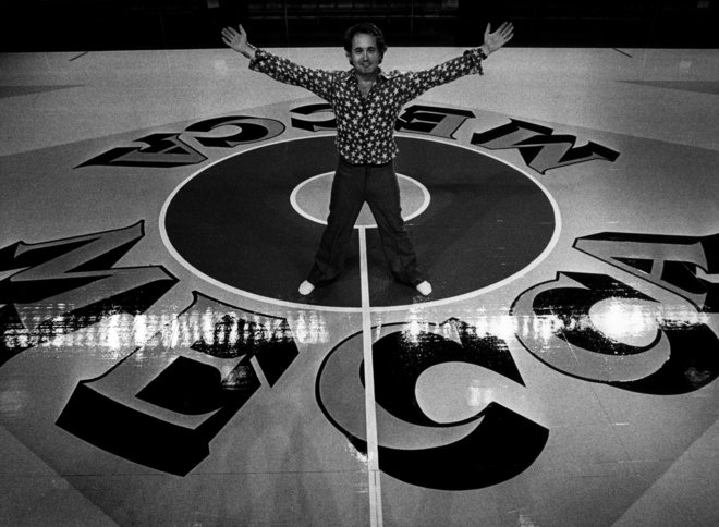 An exuberant Robert Indiana on the MECCA Floor. Photo courtesy http://ourmecca.org