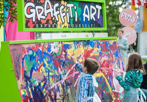 The Third Ward Art festival offers art, music, food, and fun for all ages. Image courtesy Amdur Productions.