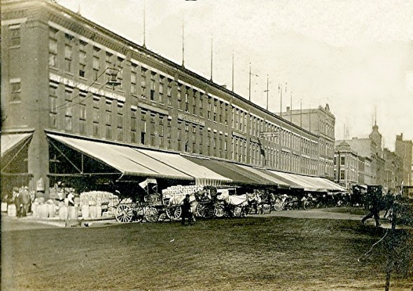 Photograph of Commission Row from 1910. Photo courtesy of Jeff Beutner.