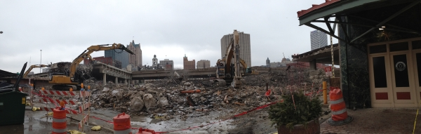 The demolition of I-794. Photo by Holly Segel.