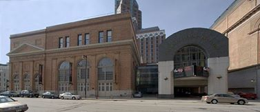 Milwaukee Repertory theater Receives $500,000 Grant From the Richard and Ethel Herzfeld Foundation to Repair Sinking Building