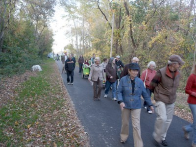 Streetsblog: The Physical Benefits of Biking and Walking Paths