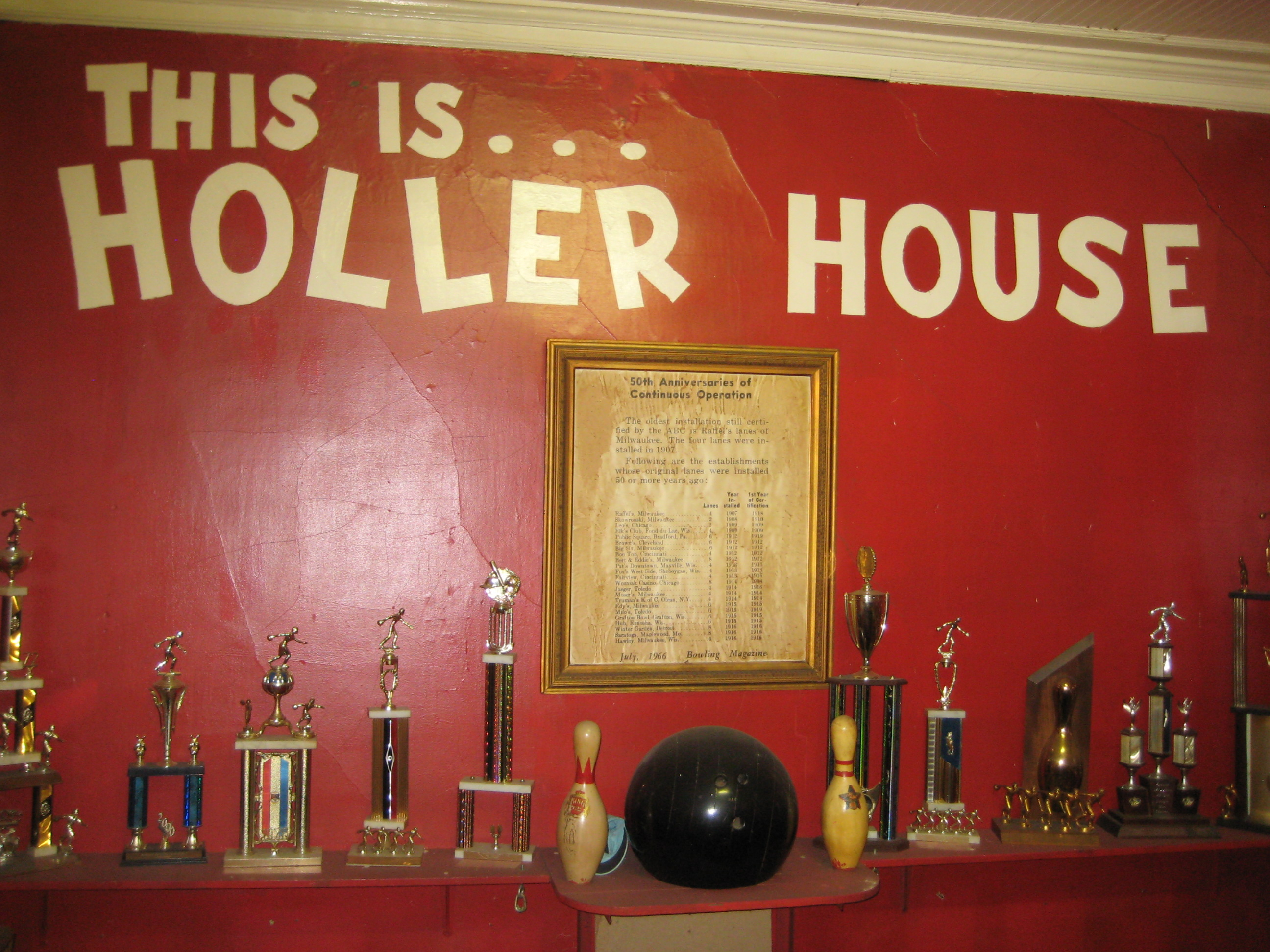 Taverns Holler House Has America s Oldest Bowling Alleys Urban