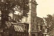 Alexander Mitchell's Conservatory, 1880s