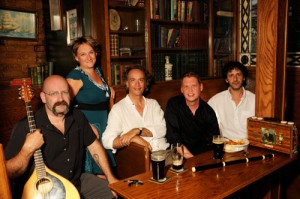 Tenor Michael Slattery (2nd from right) joins Canadian Ensemble La Nef