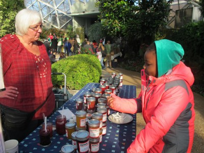 Customers Flock to Winter Farmers Market