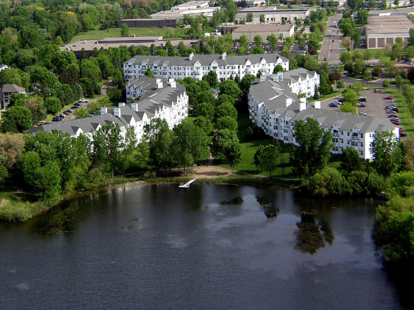 Lemay Lake Apartments. Photo courtesy of Mandel Group.