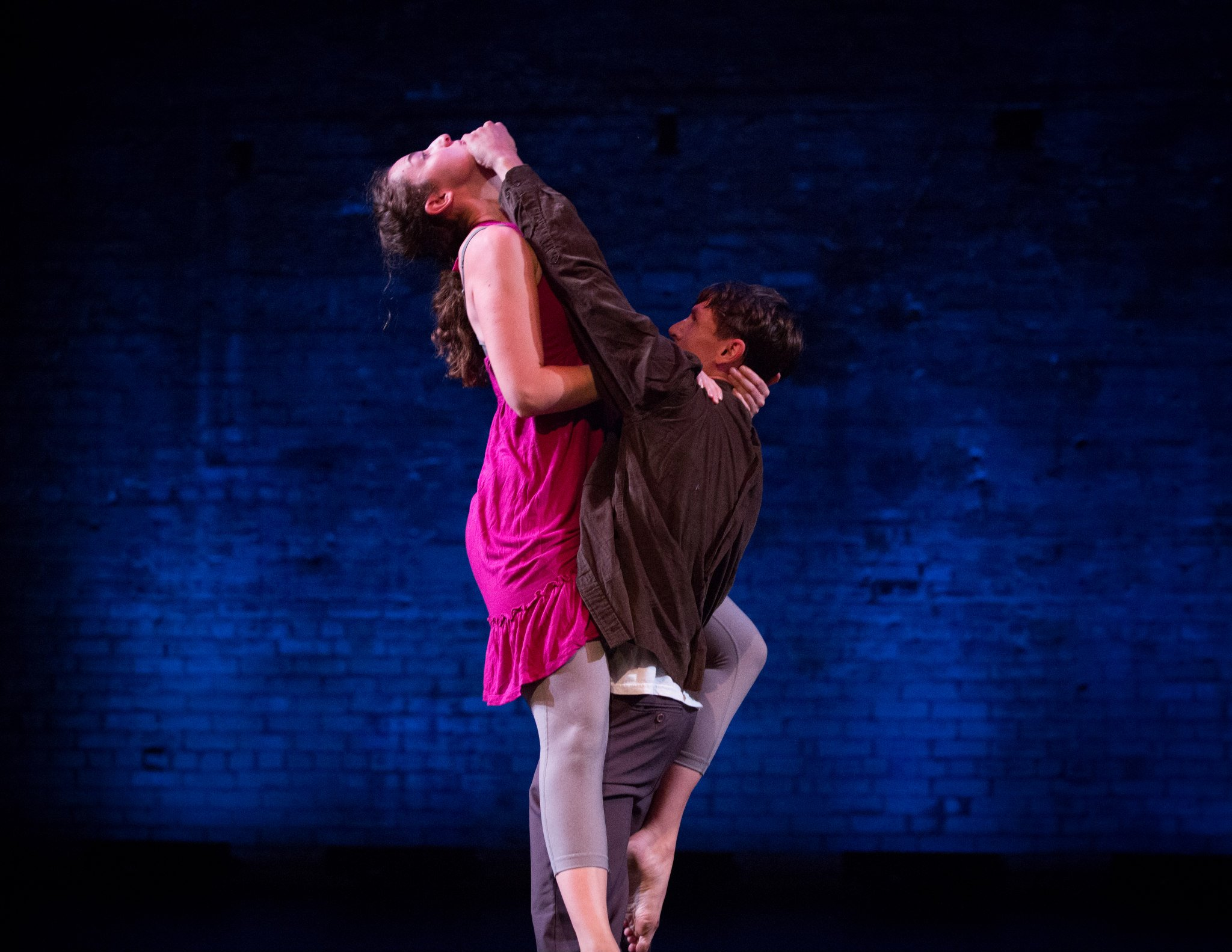 """""""Sound"""" Choreography by Susan Marshall. Photo by Jeff Larson."""