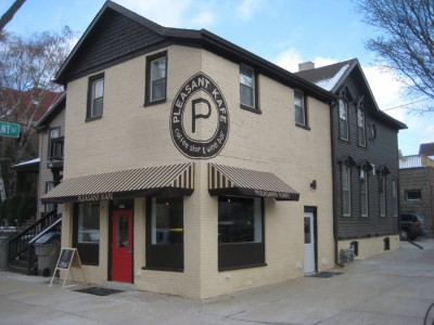 Plenty of Horne: New Coffee House on Jackson Street