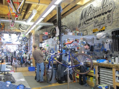 Bicycle Shop Invests in Lincoln Avenue