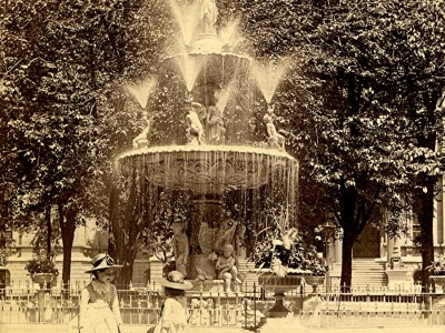 Yesterday's Milwaukee: Courthouse Square Fountain, Late 1880s