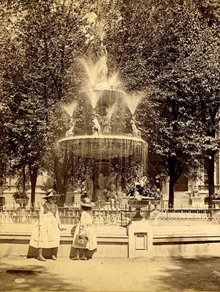 Courthouse Square Fountain, Late 1880s. Photo courtesy of Jeff Beutner.