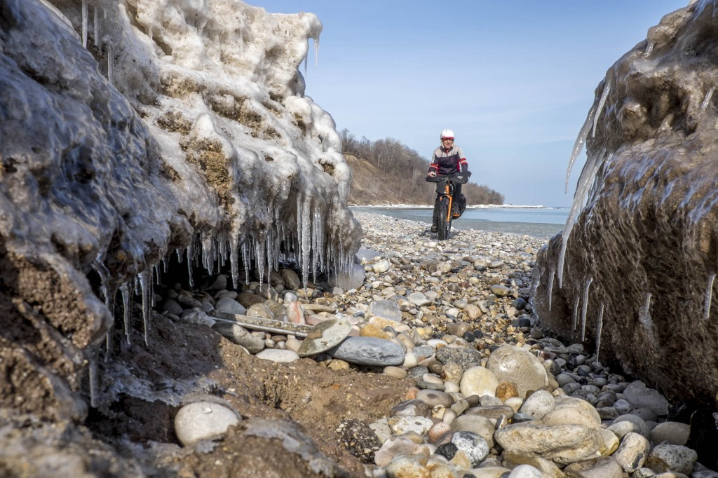 Exploring the frozen shore of Lake Michigan feeds my need for nature, even if the city is hiding just over the bluff.