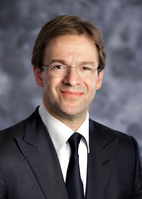 Milwaukee County Executive Chris Abele endorses Hillary Clinton