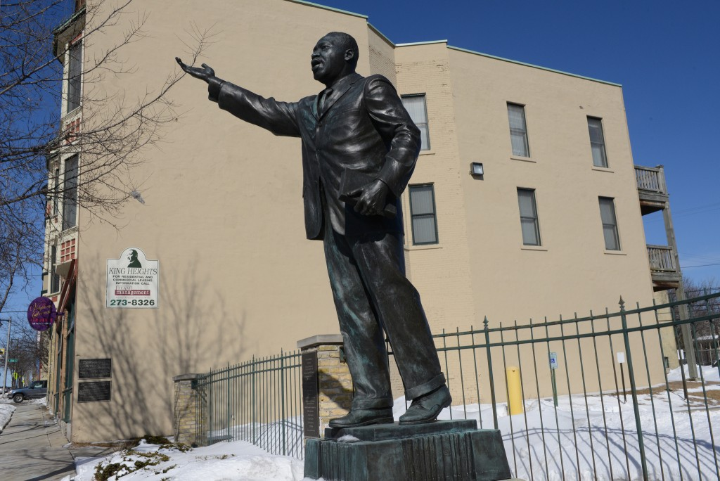 A bronze statue of Dr. Martin Luther King Jr. was erected as part of the King Heights Apartments project. (Photo by Sue Vliet)