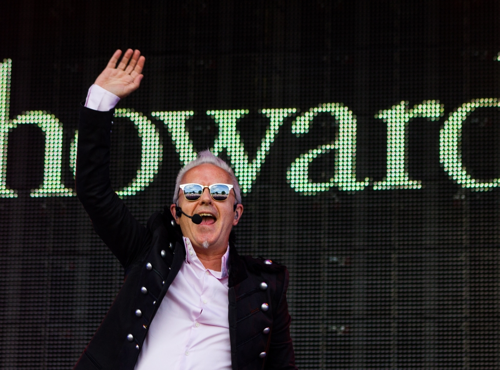 Howard Jones plays at the sold out Rewind Festival. Photo by Duncan McGlynn / howardjones.com.