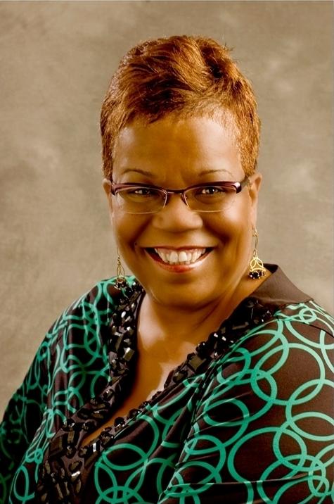 Milwaukee Succeeds Names Danae Davis New Executive Director