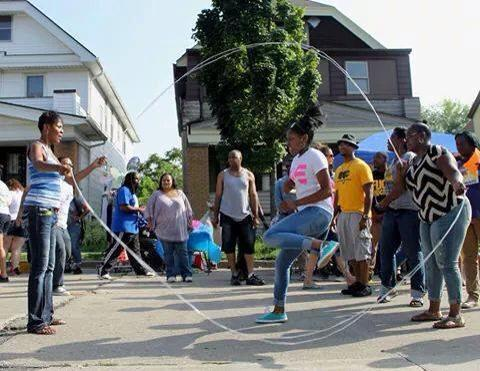 Ebony Haynes, founder and CEO of Double Dutch to Dreams, jumps rope with community members. Photo courtesy of Ebony Haynes.