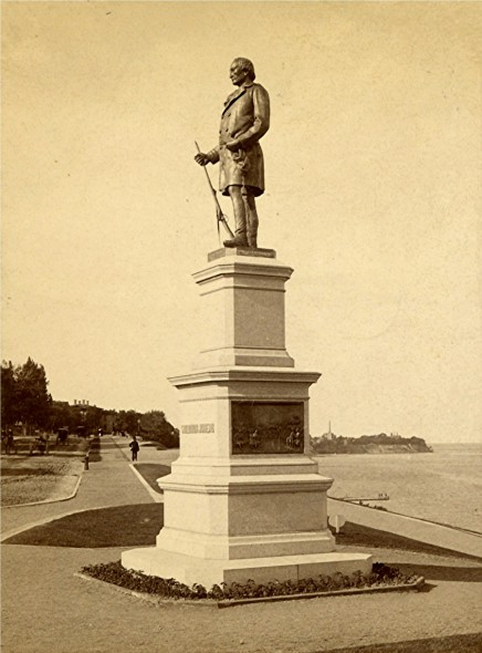 Solomon Juneau Statue, late 1880s. Image courtesy of Jeff Beutner.