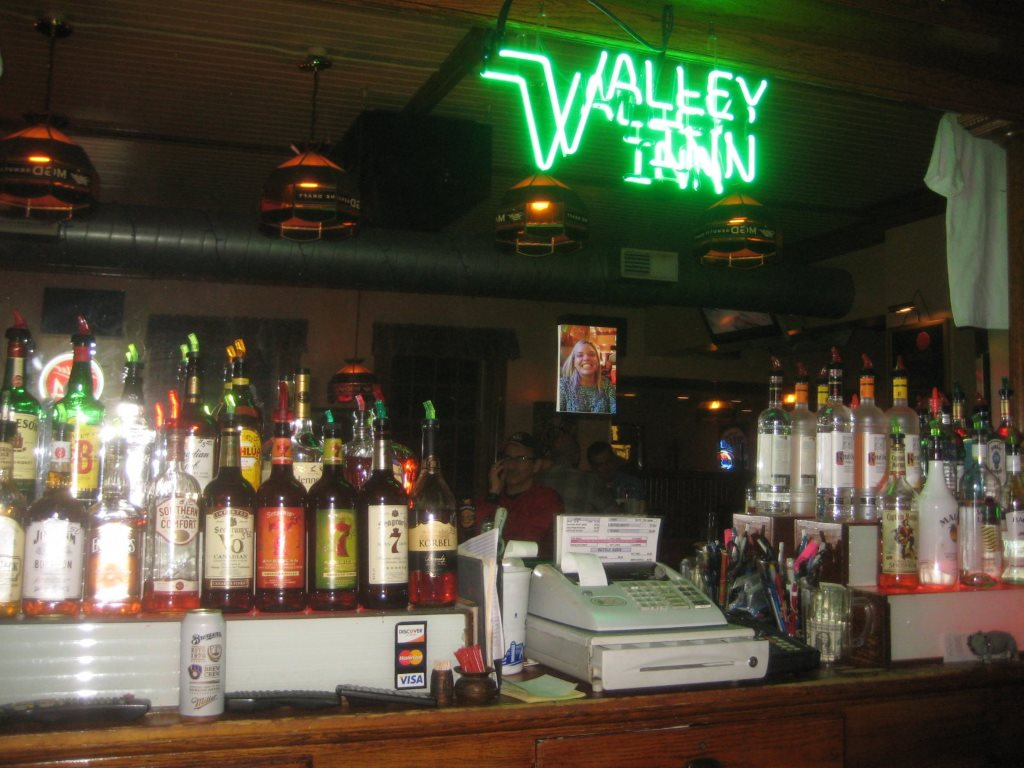 The Valley Inn. Photo by Michael Horne.
