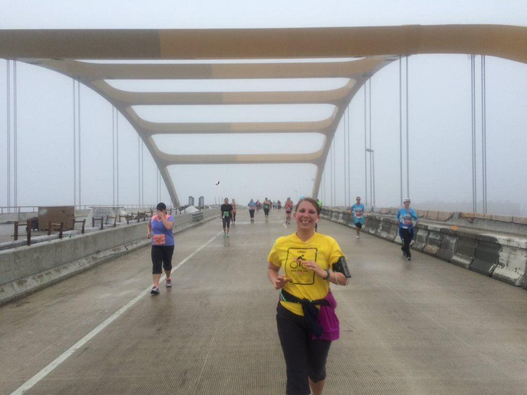 Runners coming down the Hoan Bridge at the 2015 Summerfest Rock 'n' Sole Run. Photo by Jeramey Jannene.