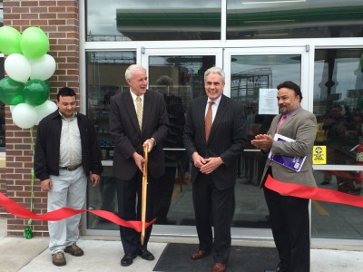 Mayor Barret, Ald. Bauman attend grand opening of new $3M BP gas station at 27th Street & St. Paul