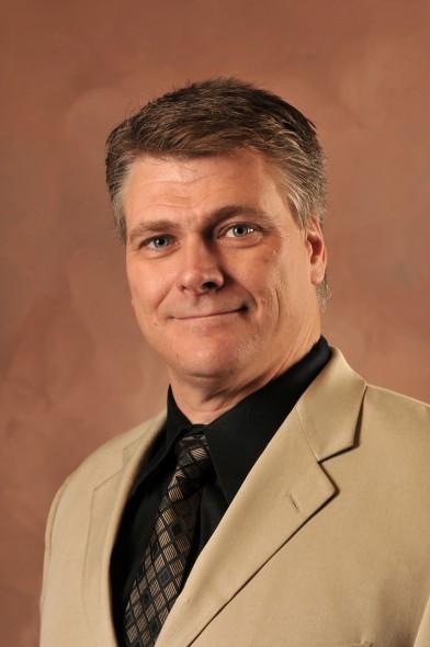 Lance Dahl, CR, exterior product specialist for Callen Construction, Inc.