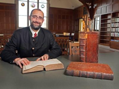 Dr. Ulrich Lehner awarded Way Klingler Fellowship in the humanities
