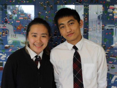 'Life-changing' Gates scholarships for 2 Hmong American Peace Academy students