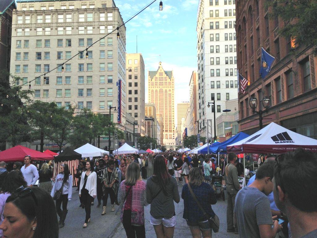 2015 Night Market Opening Night. Photo by Dave Reid.