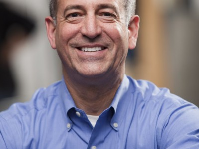 Russ Feingold Endorses Mayor Tom Barrett