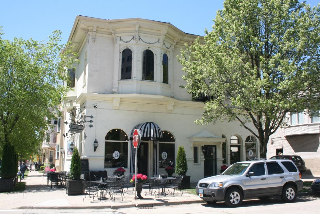 Buckley's Restaurant & Bar