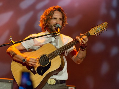 Review: John Butler Trio Energizes Pabst Crowd