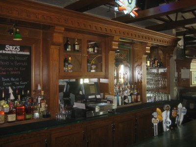 The bar at Saz's State House. Photo by Michael Horne.