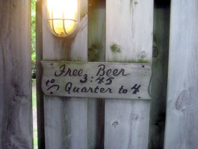 Free Beer -- 3:45 to Quarter to 4. Photo by Michael Horne.
