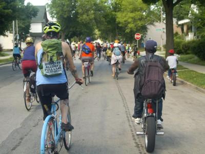 Bike Ride Unites Riverwest and Harambee