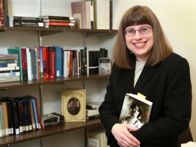 Dr. Melissa J. Ganz awarded Way Klingler Young Scholars Award