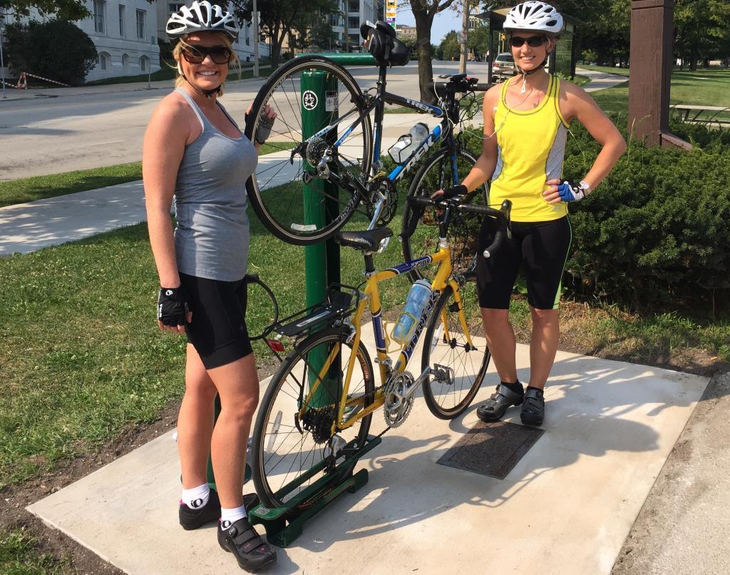 Plenty Of Horne Juneau Park Gains A Bike Oasis 187 Urban