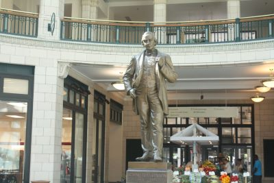 John Plankinton Statue. Photo by Carl Baehr.