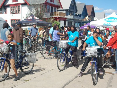 Bike Ride Celebrates Harvest Day