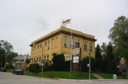 2535 S. Kinnickinnic Ave. Photo taken in 2005 courtesy of the City of Milwaukee.