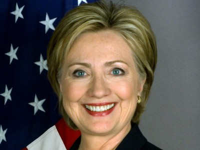 Op-Ed: How Hillary Could Win GOP Votes