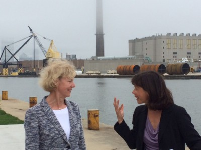 Tammy Baldwin Tours Milwaukee Harbor