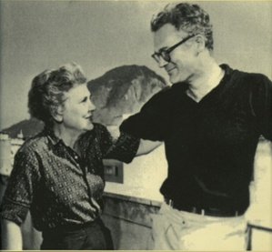 Elizabeth Bishop and Robert Lowell. Photo courtesy of the Milwaukee Chamber Theatre.