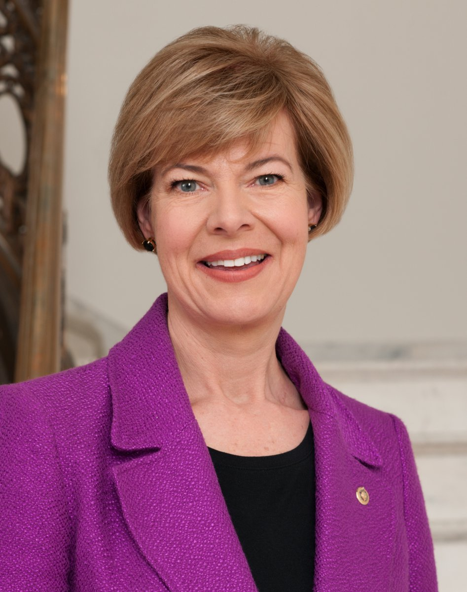 U.S. Senator Tammy Baldwin Visits University of Wisconsin Lab Working to Track Coronavirus Variants