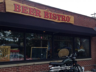Dining: Beer Bistro Cooks Everything With Beer