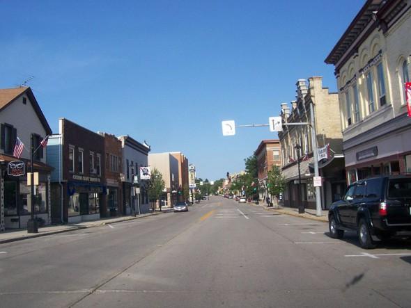 Downtown Plymouth, Wisconsin. Photo: Wikipedia