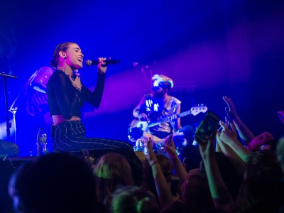 Review: MisterWives Energizes Turner Crowd