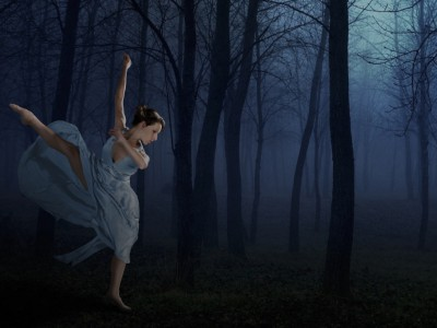 Danceworks Performance Company delves into the mysterious for season opener:  Footsteps, Shadows and Whispers