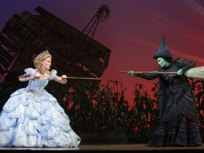 Review: 'Wicked', the Greatest Show on Earth?